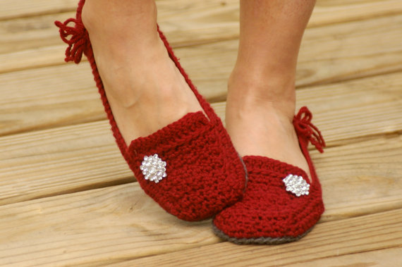 Crochet Pattern For A Womens House Slipper - Lovely Lady Loafers ...